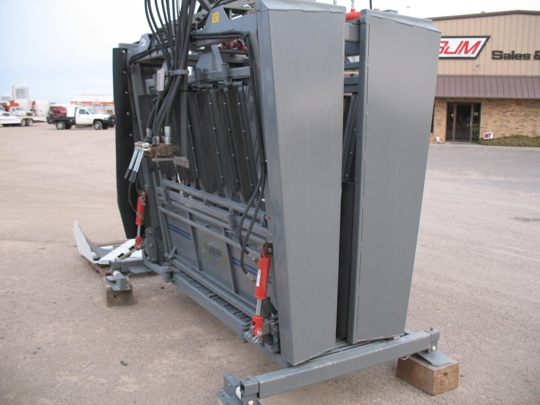 New Silencer Hydraulic Squeeze Chutes