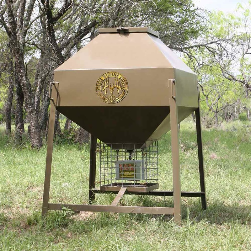 New Texas Wildlife Supply Deer Feeder